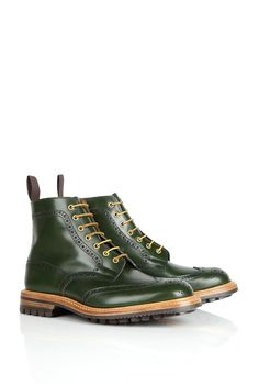 Trickers Stow brogue boots in forest green. #style #boots #fashion