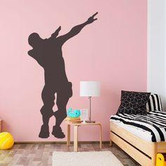 Um adesivo ideal para uma decoração engraçada e divertida para o quarto dos mais jovens. Neste vinil, encontrará uma silhueta da personagem fazendo sua dança. Se seu filho ou filha gosta de video jogo, esse é o adesivo perfeito para decorar o espaço. Pencil Art Drawings, Wall Art, Home Decor, Silhouette, Character, Stickers, Ideas, Daughter, Game