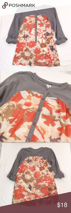 Anthropologie ODILLE printed cotton tunic Minimal all over wash wear is present with slight intentional fading a gray portion. Otherwise, excellent condition! Slightly sheer- will require appropriate undergarments. Optional rolls have sleeves. Cotton.Bust 38 length 27 Anthropologie Tops Blouses