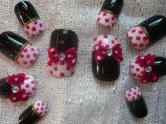 3d miney mouse nail art    MINNIE MOUSE NAIL ART, TOE NAIL ART.