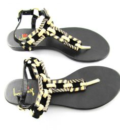 Coco Mo Thong Sandals, $29.99 (http://www.shopchameleon.com/shoes/flats/coco-mo-thong-sandals/)