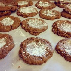 If there's anything to get me to cook, it's to have Ginger Molasses Cookies, Paradise Bakery Style...oh, Finally found a recipe that is close enough!!!  YUMMY!
