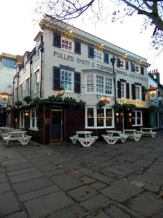 Richmond Upon Thames, London, England, UK Richmond England, England Uk, London England, Richmond Upon Thames, London Pubs, Shop Fronts, London Calling, Great Britain, Places