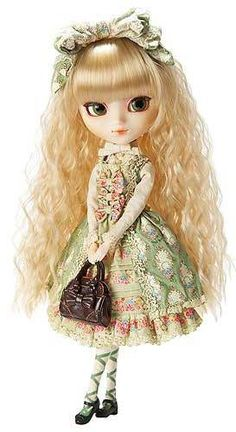 Oh, the super cute, Tiphona Pullip wearing the fashion styles of Innocent World $127.99 #pullip