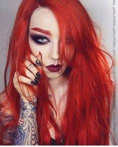 Fashion Girls with a Dark Twist and more! Garotas com uma torção escura e muito mais! Curta nossa página no Facebook!⬇️