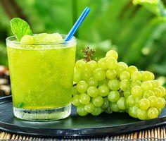 Suco Detox de Uva com Água de Coco