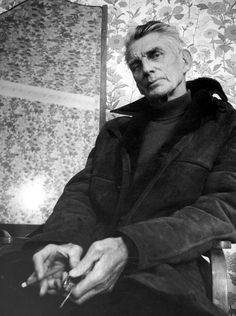 Samuel Beckett had a Gucci bag; Dorothy Parker worked for Vogue. A new book on writers' style uncovers the hidden links between clothes and prose Writers And Poets, Writers Write, Brylcreem, Samuel Beckett, Robert Doisneau, Best Portraits, Mark Rothko, Playwright, The Godfather