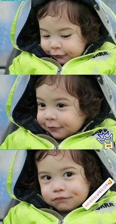 Cute Kids, Cute Babies, Baby Kids, Superman Kids, Song Triplets, Baby Park, Korean Babies, Cute Baby Photos, Baby Fever