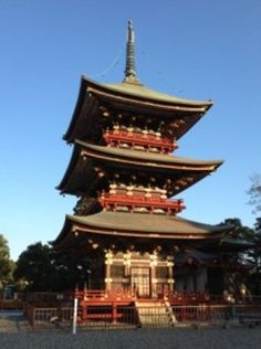Pagoda at Naritasan Shinshoji Temple. Problem: stuck at Tokyo's Narita Airport. Solution: Narita City, a short ride away and a microcosm of a bygone Land of the Rising Sun. Fly to Asia long enough, and eventually you'll pass through Narita International Airport. It's international hub for Japanese carriers All Nippon Airways and [...]