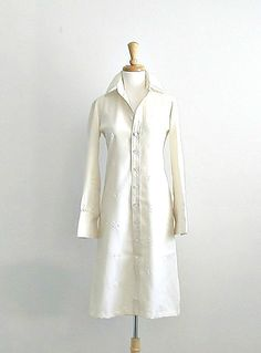 1960s Dress / 60s shift dress / winter white by roguegirlvintage, $45.00
