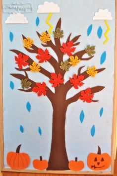 DIY Felt Board to Teach Seasons, Weather and Holidays to Preschoolers - A Fall Storm