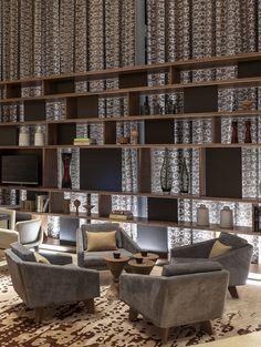 Luxusinnenarchitektur in Mexiko. Lounge Design, Bar Lounge, Hotel Room Design, Hotel Lounge, Samara, Cafe Interior, Interior Design, Muebles Living, Regal Design