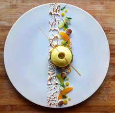 Gourmet Food Plating, Gourmet Desserts, Fancy Desserts, Plated Desserts, Gourmet Recipes, Delicious Desserts, Yummy Food, Food Plating Techniques, Dessert Presentation