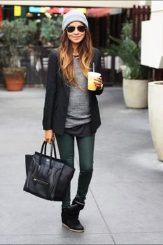 Image viaDressier outfit idea- white button down, black blazer, jeans and brown boots. top with a statement necklace.Image viaWhite Blazer Outfit IdeaImage viaI love my blaze Looks Street Style, Looks Style, Looks Cool, Look Fashion, Trendy Fashion, Womens Fashion, Fall Fashion, Street Fashion, Street Chic
