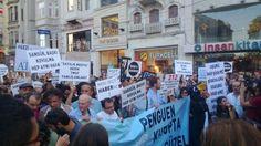 TomaCihazi TOMA 1 sa Sansür, baskı, kovulma; Hep aynı hava. #DirenGazeteci pic.twitter.com/XLjM54dprH #direngazeteci gazeteciler istanbul'da eylemde 12.07.2013