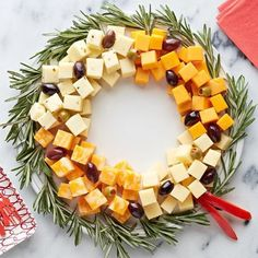 Easy cheese wreath from Kraft