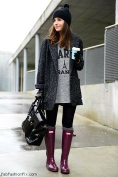 Cozy winter style with Hunter boots.. want these Hunters in this colour!