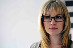 5 tipos de flequillos para llevar con gafas