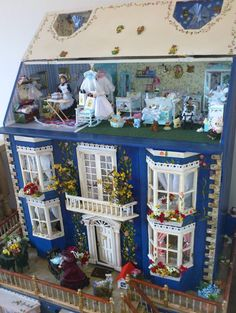dollhouse - This is every little girls dream! I'm a grown woman and I would love to have a Victorian Doll House like this.
