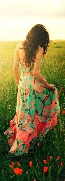 #meadow walk, so feminine floral dress