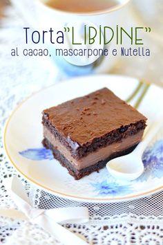 "Sprinkles Dress: ""libidine"" cake with cocoa, mascarpone and Nut .- Sprinkles Dress: Torta ""libidine"" al cacao, mascarpone e Nutella Sprinkles Dress: ""libidine"" cake with cocoa, mascarpone and Nutella - Sweet Recipes, Cake Recipes, Dessert Recipes, Mini Desserts, Delicious Desserts, Mascarpone Cake, Blackberry Cake, Nutella Cake, Salty Cake"