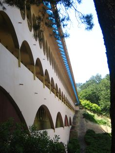 Ten Frank Lloyd Wright Buildings Nominated for UNESCO World Heritage List,Marin Civic Center. Image © Flickr User kara brugman