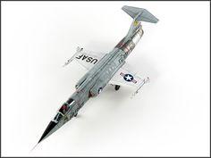 Lockheed F-104 Starfighter 1/48 Scale Model