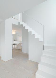 Keltainen talo rannalla Dinesen blog: floors