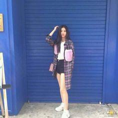 Ulzzang Korea, Ulzzang Girl, Soyeon, Girl Fashion, Womens Fashion, Asian Style, South Korean Girls, Kpop Girls, Girl Crushes