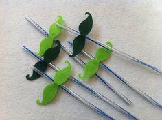 DIY St. Patrick's Day Crafts - Mustache Straw Tutorial - Createsie