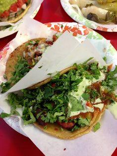 Tacos El Gordo - Chula Vista, CA, Estados Unidos. Taco de adobada