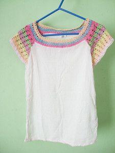 Aplicação de crochê em blusa