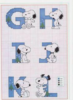 snoopy cross stitch pattern | Esquemas de Ponto de Cruz                                                                                                                                                                                 Mais