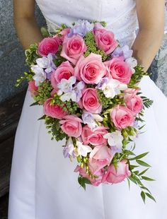 Pink rose bridal bouquet for brides who loves pink roses and pink! Bouquet ideas that uses lovely pink roses. Cascading Wedding Bouquets, Rose Bridal Bouquet, Purple Wedding Flowers, Pink Bouquet, Wedding Flower Arrangements, Bride Bouquets, Bridal Flowers, Floral Wedding, Floral Arrangements