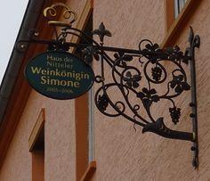 Nittel - Haus der Nitteler Weinkönigin Simone - 2005-2006
