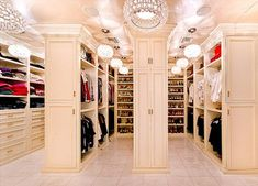 Wow this closet!