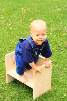 Ana White | Build a Kids Flip Chair/Toddler Flip Seat | Free and Easy DIY Project and Furniture Plans