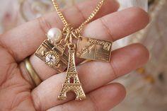 Eiffel pendant