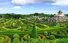 • Nong Nooch Tropical Botanical Garden •