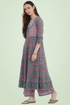 Designer Wear: Shop Designer Ethnic Wear by Farida Gupta Unexpected Friendship, Designer Kurtis, Block Prints, Cotton Style, Online Shopping Clothes, Friendship Quotes, Anarkali, Indian Outfits, Cupboard