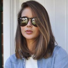 55 Chic Medium Length Hair Styles for Women, Frisuren, corte long bob. Medium Hair Cuts, Medium Hair Styles, Curly Hair Styles, Round Face Haircuts Medium, Short Hair For Round Face, Layered Haircuts, Short Haircuts, Medium Style Haircuts, Haircuts For Girls