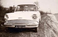 Herinneringen aan Harderwijk Ford Anglia, Car, Vehicles, Automobile, Autos, Cars, Vehicle, Tools