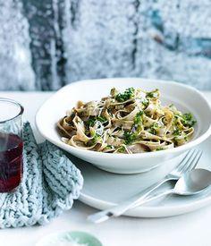 Fast Fettuccine with kale and pecorino pesto recipe :: Gourmet Traveller