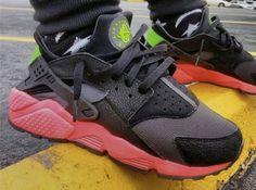 Nike Air Huarache Anthracite - Hyper Punch / Electric Green / Black