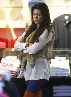 loveeeee the fur vest :):)