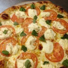 Margarita Pizza by Rosario`s Pizzeria in Philadelphia - Sunum - Pizza Oviedo Florida, Margarita Pizza, Order Pizza, Pizza Delivery, Vegetable Pizza, Philadelphia, Restaurant, Vegetables, United States