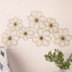 """Outstanding """"metal tree wall decor"""" info is offered on our internet site. Read more and you will not be sorry you did. Metal Flower Wall Decor, Metal Tree Wall Art, Tree Wall Decor, Metal Flowers, Diy Wall Decor, Paper Flowers, Dollar Tree Organization, Bijoux Fil Aluminium, Summer Crafts For Kids"""