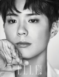 """KDrama actor Park Bo Gum took a break from his Crown Prince duties in """"Moonlight Drawn by Clouds"""" to show his majestic side for Elle magazine. What a looker indeed! It comes as no surpr… Park Hae Jin, Park Seo Joon, F4 Boys Over Flowers, Flower Boys, Kim Yoo Jung, Jung Il Woo, Asian Actors, Korean Actors, Korean Actresses"""