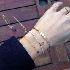 Vi har masser af gode DIY-julegaveideer på bloggen Blandt andet små delikate armbånd med Delica perler som dem her Så hvis du er til lækre og smukke DIY-gaver, så kig forbi websiden#smyks #smykker #krea #kreativ #delica #delicaperler #delicaarmbånd #jul2015 #julegaver #julegaveide #diygaver #diy #diyblog #gaveideer #julen2015 #armbånd #christmas2015 #doityourself #kreasmykker