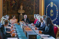 Swedish Princess Sofia Hellqvist's son named Prince Alexander Erik Hubertus Bertil. Prince Carl Philip and Swedish Princess Sofia's son named Prince Alexander Crown Princess Victoria, Crown Princess Mary, Princess Sofia, Swedish Royalty, Prince Carl Philip, Princess Madeleine, Queen Maxima, Hollywood Fashion, Duchess Of Cambridge
